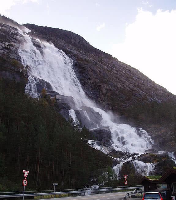 Langfossen waterfalls, Western Norway