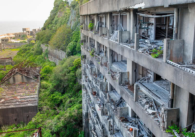 9 Most Haunting Abandoned Places In The World The