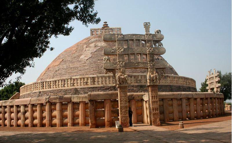 great-sanchi-stupa