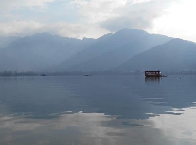 دریاچه دال